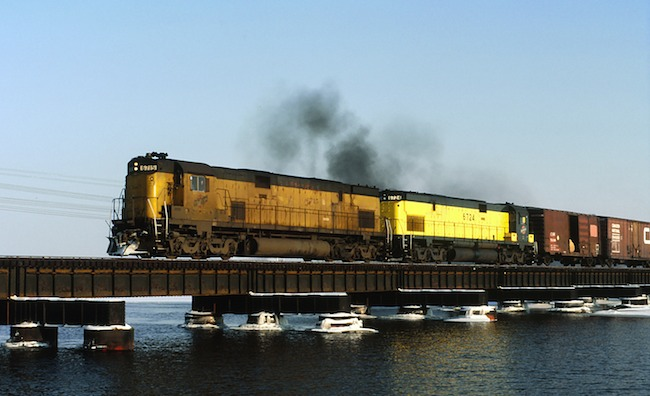Action photo: CNW 6715 crosses bridge